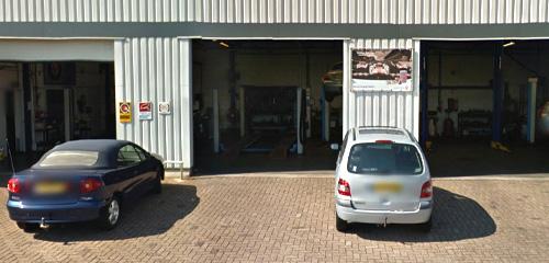 Garagebedrijf Wim Nuijten - Werkplaats